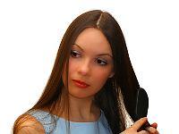 Gunakan Sisir yang Tepat untuk Rambut Anda